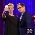 Alan Carr and Justin Bieber take a selfie on Chatty Man